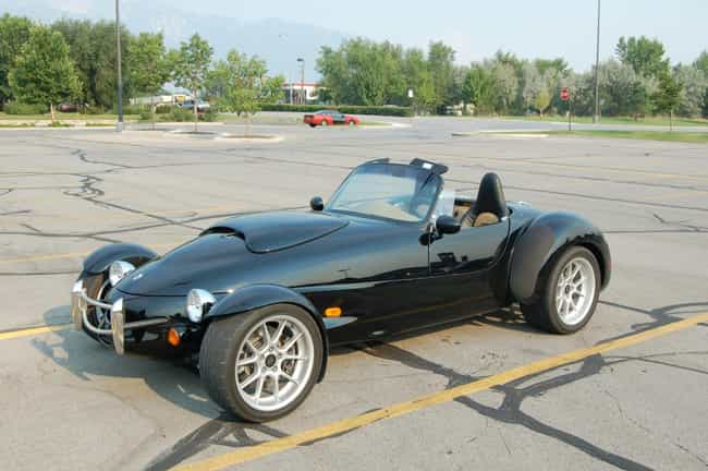 Panoz Roadster is listed (or ranked) 2 on the list Full List of Panoz Models