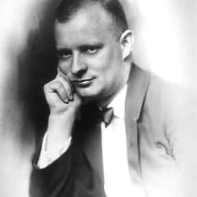Paul Hindemith is listed (or ranked) 15 on the list List of Famous Violists