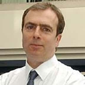 Peter Hitchens is listed (or ranked) 1 on the list Famous University Of York Alumni
