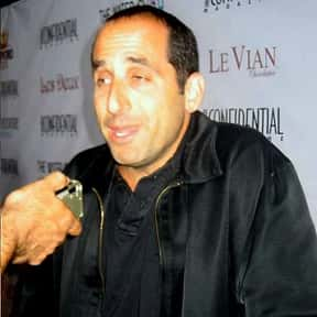 Peter Jacobson is listed (or ranked) 15 on the list Full Cast of Showtime Actors/Actresses