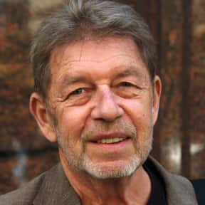 Pete Hamill is listed (or ranked) 23 on the list List of Famous Educators