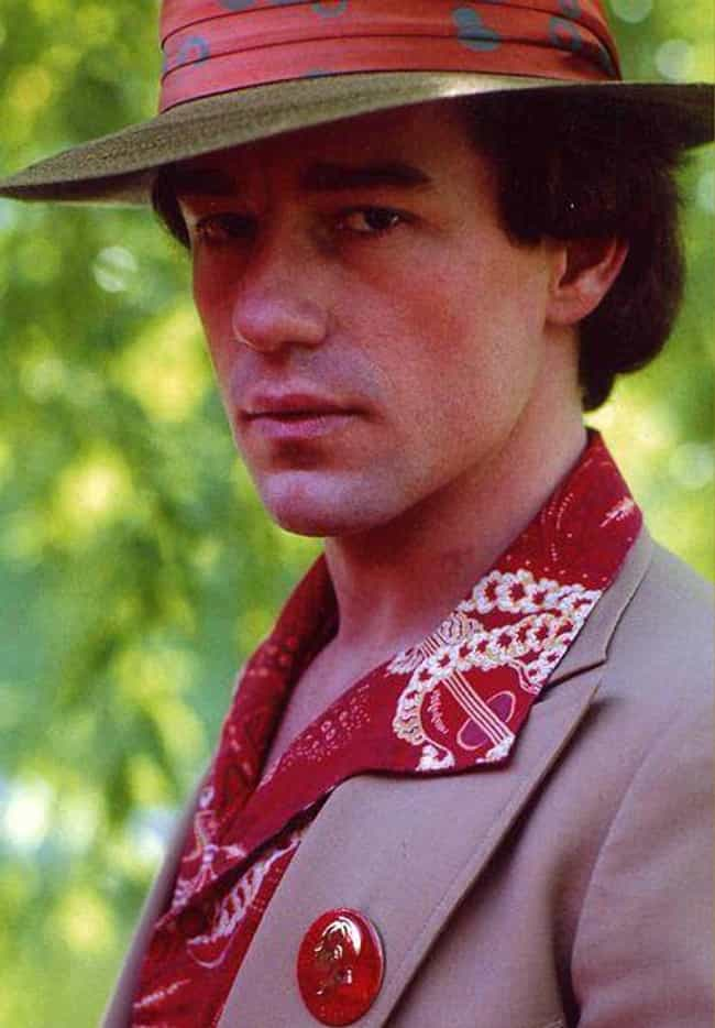 Phil Hartman is listed (or ranked) 2 on the list Famous Male Graphic Designers
