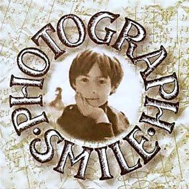 Photograph Smile is listed (or ranked) 1 on the list The Best Julian Lennon Albums of All Time