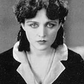 Pola Negri is listed (or ranked) 21 on the list Famous People Who Died in Texas