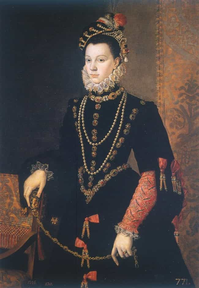 Elizabeth of Valois is listed (or ranked) 1 on the list Famous Sofonisba Anguissola Paintings
