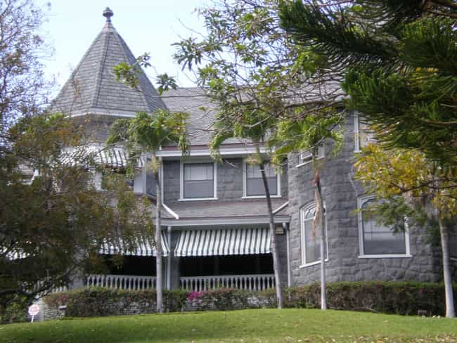 Alfred Hocking House is listed (or ranked) 4 on the list List of Famous Honolulu Buildings & Structures
