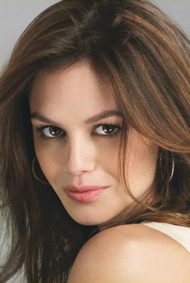 Rachel Bilson is listed (or ranked) 8 on the list Celebrity Clipper Fans