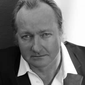 Randy Quaid is listed (or ranked) 2 on the list Full Cast of Kingpin Actors/Actresses
