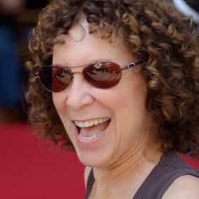 Rhea Perlman