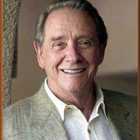 Richard Crenna is listed (or ranked) 4 on the list Full Cast of Hot Shots! Part Deux Actors/Actresses