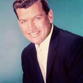 Richard Egan is listed (or ranked) 9 on the list Full Cast of Love Me Tender Actors/Actresses