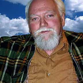 Robert Anton Wilson is listed (or ranked) 20 on the list Famous People Who Died in 2007