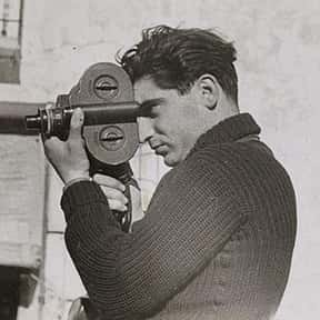Robert Capa is listed (or ranked) 9 on the list List of Famous Photojournalists