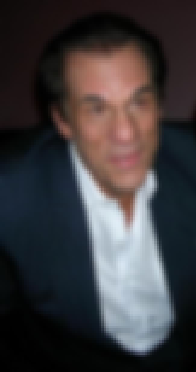 Robert Davi is listed (or ranked) 4 on the list The Top Ten 'It's That Guy' Guys