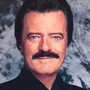 Robert Goulet is listed (or ranked) 9 on the list The Best Show Tune Artists
