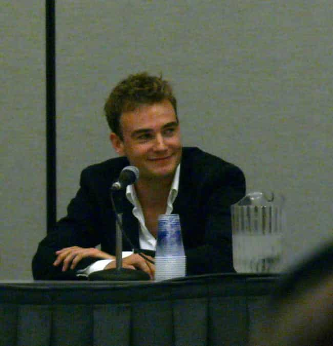 Robin Dunne is listed (or ranked) 3 on the list Famous Etobicoke School Of The Arts Alumni
