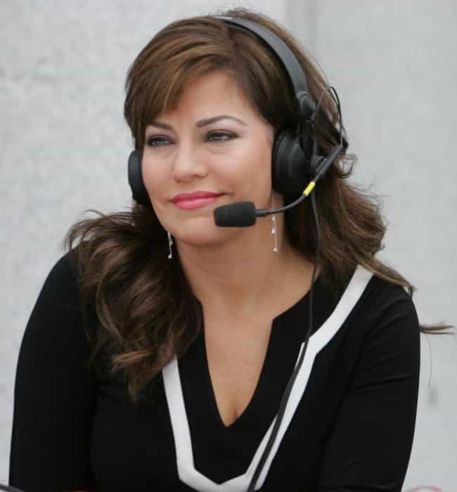 Robin Meade is listed (or ranked) 4 on the list Famous Female TV Anchorpersons