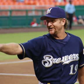 Robin Yount is listed (or ranked) 11 on the list List of Famous Baseball Center Fielders