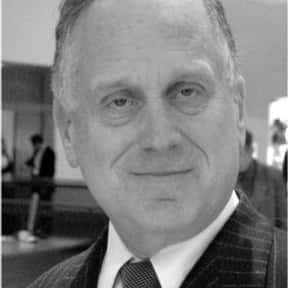 Ronald Lauder is listed (or ranked) 6 on the list Famous University Of Paris Alumni