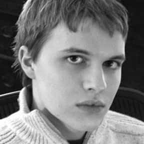 Ronan Farrow is listed (or ranked) 15 on the list List of Famous Human Rights Activists