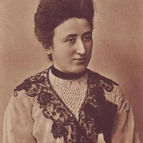 Rosa Luxemburg is listed (or ranked) 17 on the list Famous Authors from Poland
