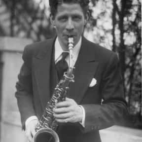 Rudy Vallée is listed (or ranked) 25 on the list TV Actors from Brighton