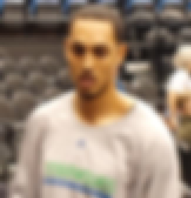 Ryan Hollins is listed (or ranked) 3 on the list Famous John Muir High School Alumni