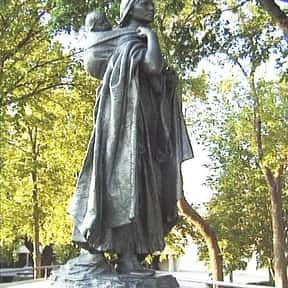 Sacagawea is listed (or ranked) 15 on the list Famous People From Idaho