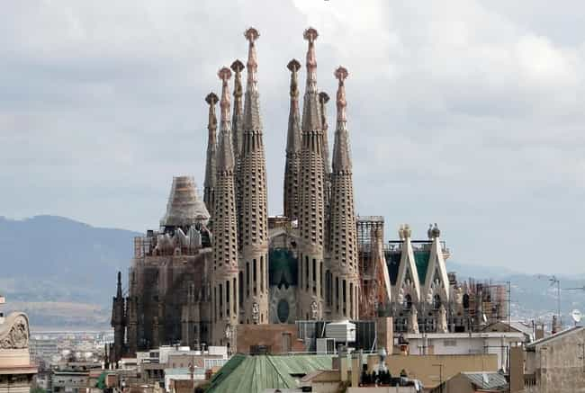 Sagrada Família ... is listed (or ranked) 1 on the list The World's Most Interesting Unfinished Buildings