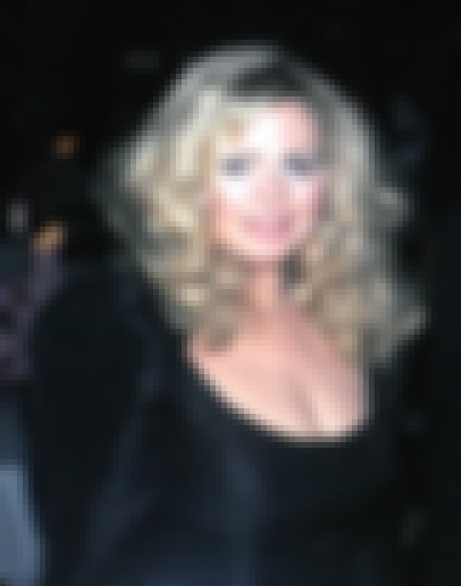 Sally Struthers is listed (or ranked) 2 on the list Famous Grant High School Alumni