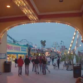 Santa Cruz Beach Boardwalk is listed (or ranked) 13 on the list Amusement Parks in California