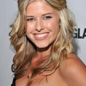 Sarah Wright is listed (or ranked) 9 on the list Full Cast of Surfer Dude Actors/Actresses