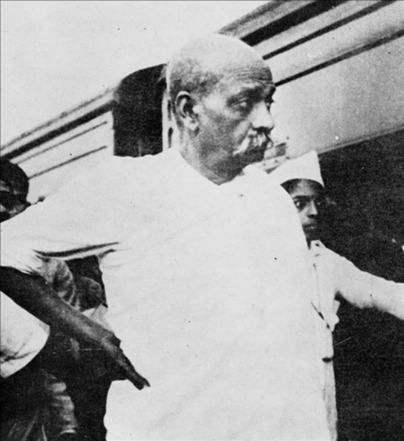 Vallabhbhai Patel is listed (or ranked) 2 on the list List of Famous Indian independence activistss