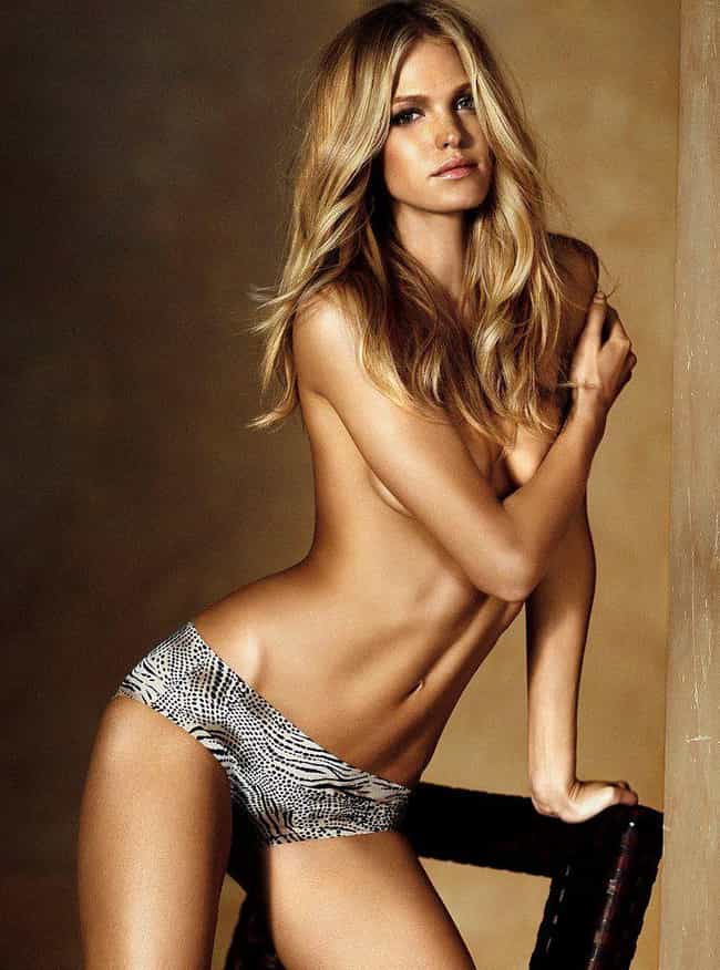 Erin Heatherton is listed (or ranked) 2 on the list Lovely Celebrity Women Who Are Very, Very Tall