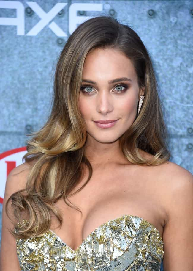Hannah Jeter is listed (or ranked) 4 on the list Famous People Born in 1990