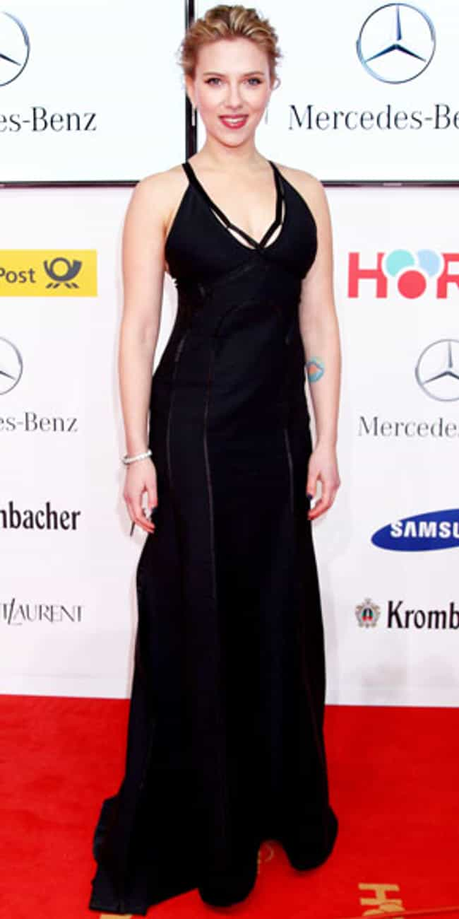 Scarlett Johansson is listed (or ranked) 2 on the list Celebrities in Calvin Klein Dresses