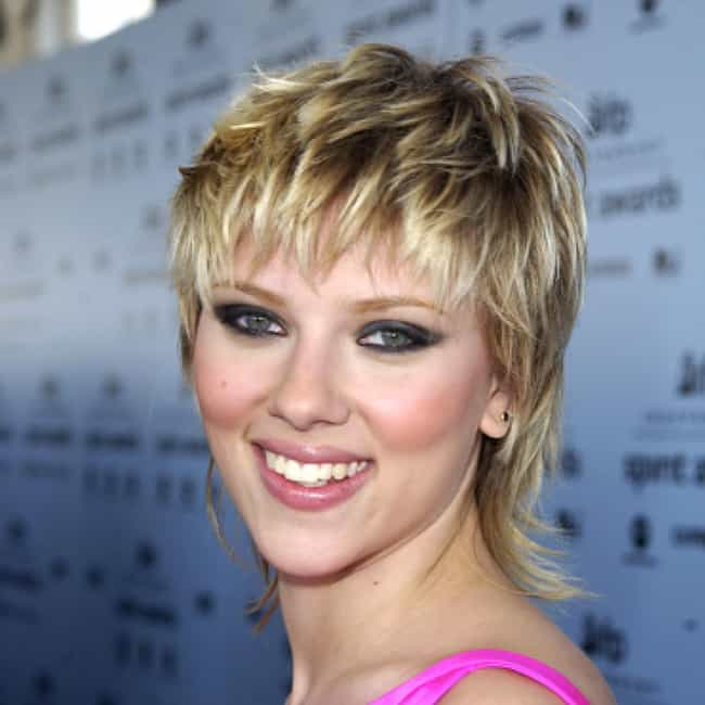 Scarlett Johansson is listed (or ranked) 4 on the list Celeb Women Who Can Totally Pull Off Short Hair