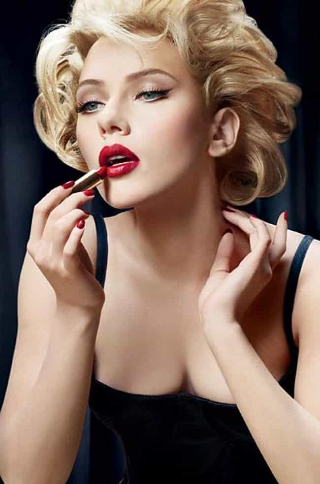 Scarlett Johansson is listed (or ranked) 2 on the list Famous Actresses Who Look Like Marilyn Monroe
