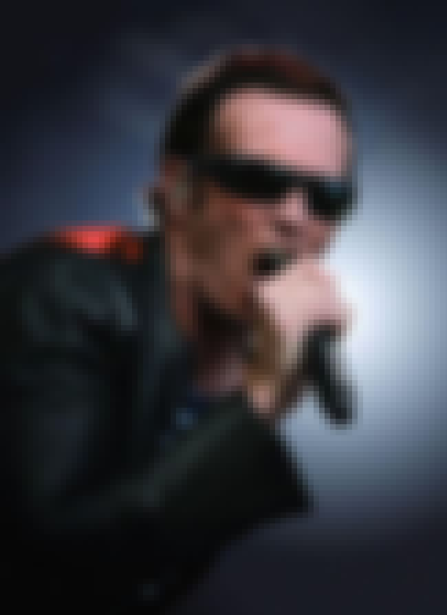 Scott Weiland is listed (or ranked) 42 on the list Celebrities Who Died in 2015