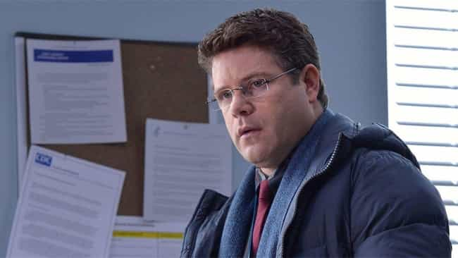 Sean Astin is listed (or ranked) 2 on the list How Much Is The Cast Of 'Stranger Things' Worth?