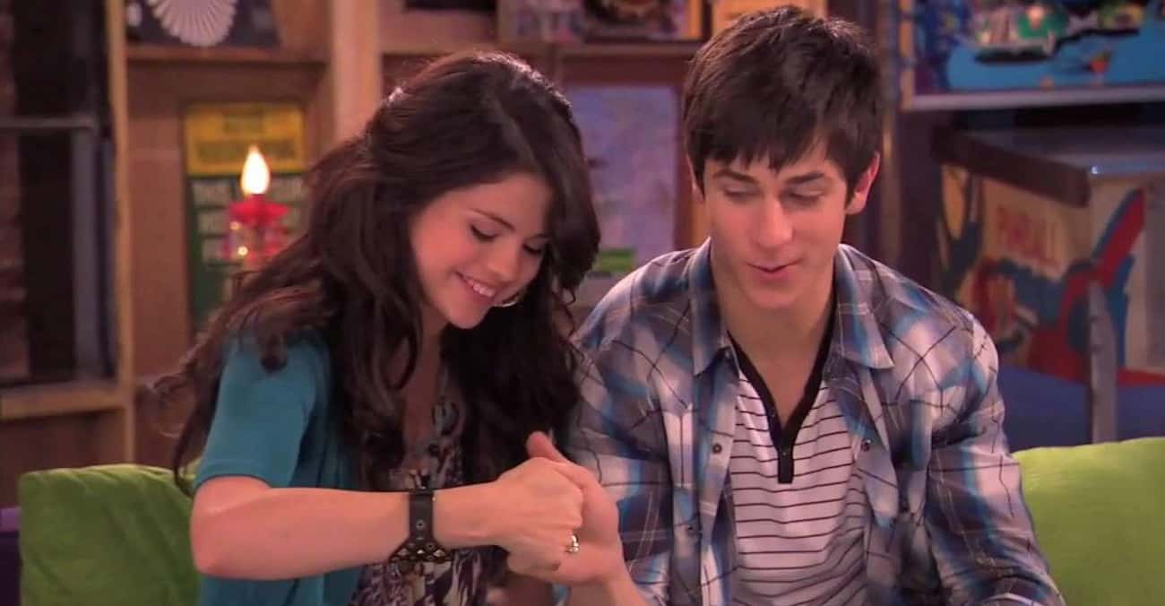 Selena Gomez and David Henrie is listed (or ranked) 3 on the list People Who Played Siblings, But Were Dating in Real Life