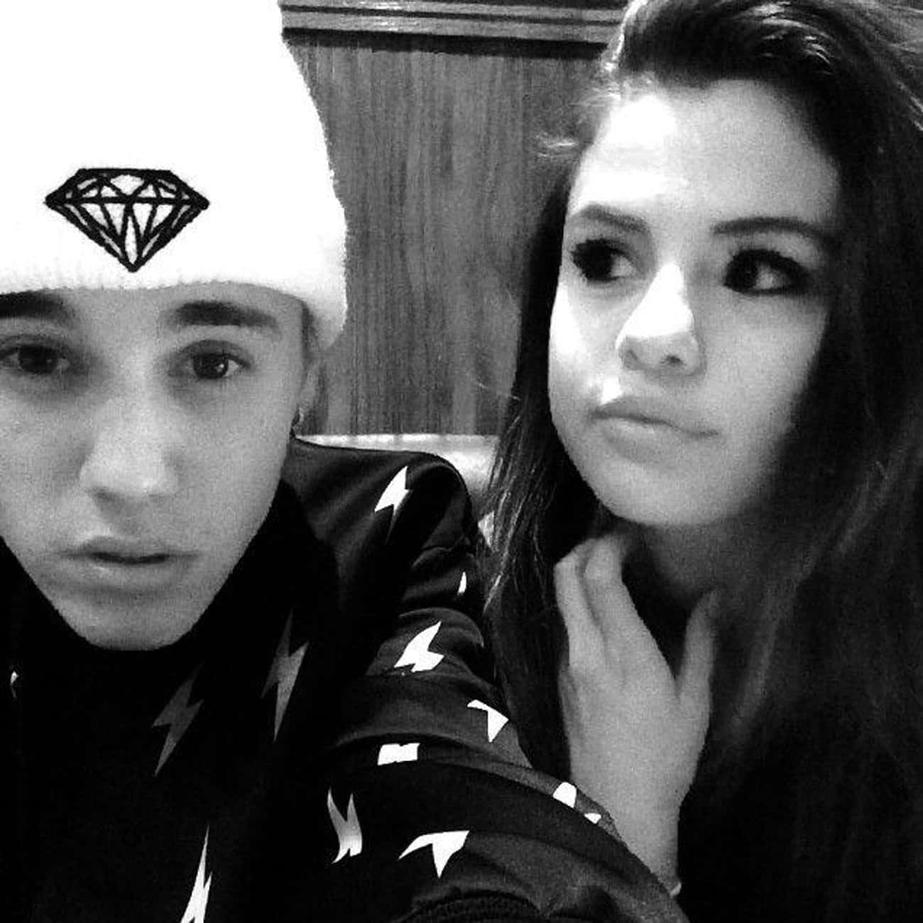 Selena Gomez is listed (or ranked) 3 on the list Justin Bieber Loves And Hookups