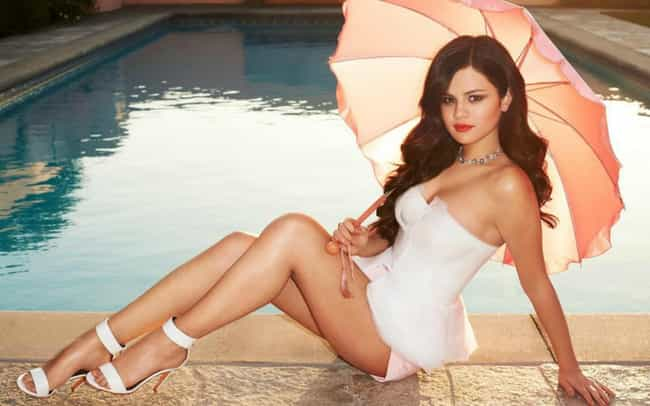 Selena Gomez is listed (or ranked) 4 on the list The Hottest Babes of the 2010s