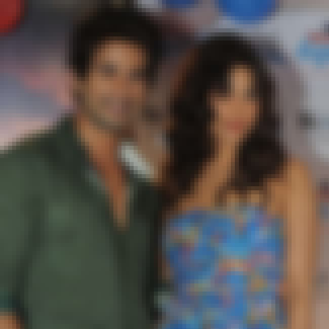 Shahid Kapoor is listed (or ranked) 3 on the list Priyanka Chopra Loves and Hookups