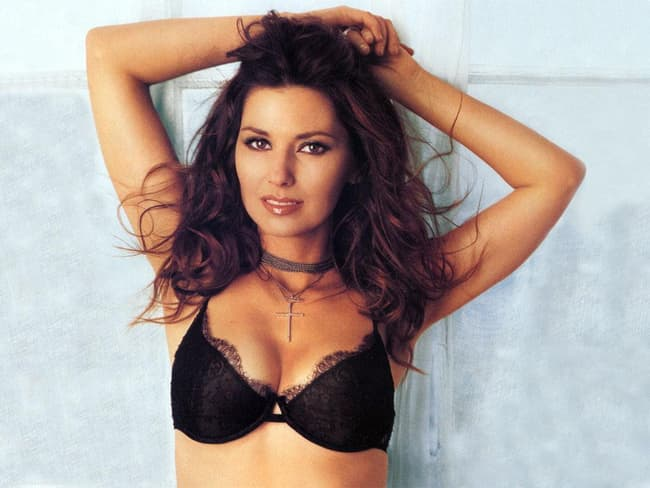 Shania Twain Is Listed Or Ranked 1 On The List The Most Gorgeous Female
