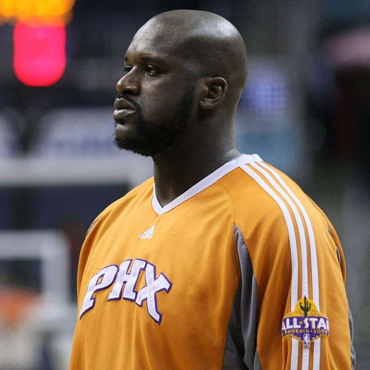 Shaquille O'Neal is listed (or ranked) 4 on the list The Best Athletes Who Wore #33