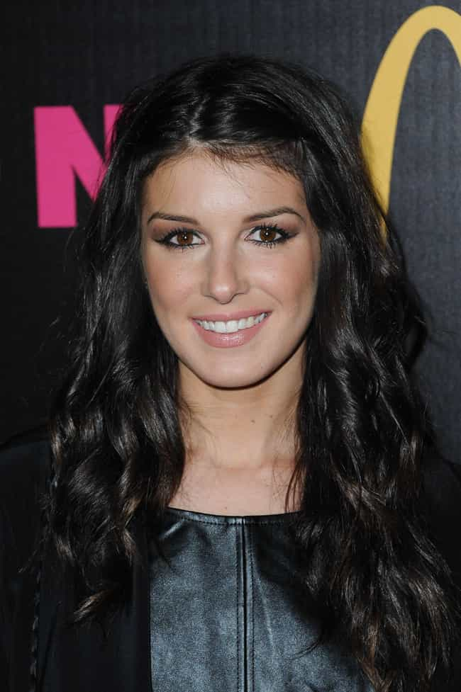 Shenae Grimes is listed (or ranked) 4 on the list Famous Friends of Kristin Cavallari