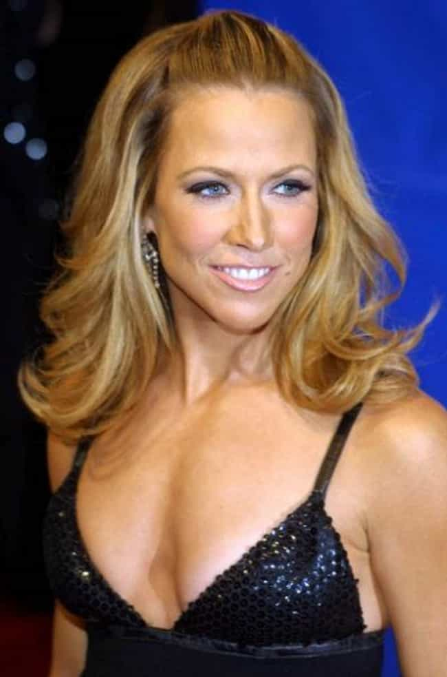 Sheryl Crow is listed (or ranked) 3 on the list The Top Smoking Babes of Rock Today
