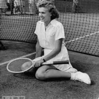 Shirley Fry Irvin