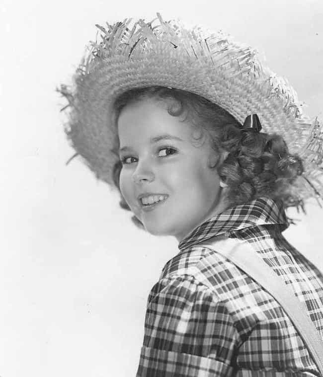 Shirley Temple is listed (or ranked) 4 on the list What Did America's Sweetheart Look Like In Every Decade?